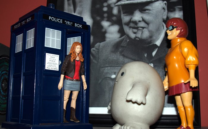 Chief Inspector Grey-um #1 - Grey-um and Dinkley outside the Police Box with Amy in the door way.