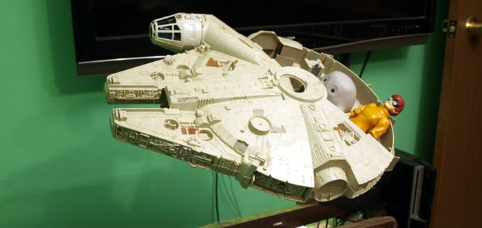 Chief Inspector Grey-um #1 - Grey-um and Dinkley in the Falcon, TV room background with TV behind ship.